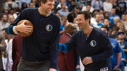 Tony Romo is not a winner, but he's being treated like a legend
