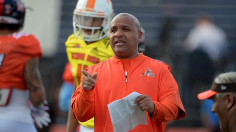 Jan 25, 2017; Mobile, AL, USA; South squad head coach Hue Jackson of the Cleveland Browns talks with players during Senior Bowl practice at Ladd-Peebles Stadium. Mandatory Credit: Glenn Andrews-USA TODAY Sports