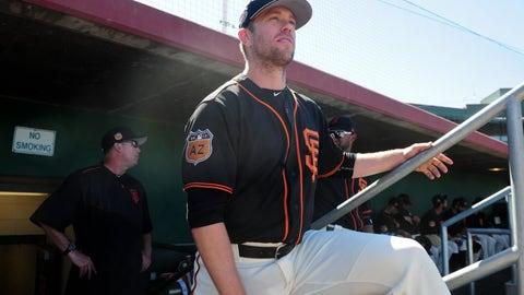 San Francisco Giants: Aaron Hill, 3B/2B (35)