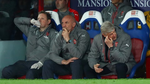 LONDON, ENGLAND - APRIL 10:  Arsene Wenger, Manager of Arsenal (R) reacts on the bench during the Premier League match between Crystal Palace and Arsenal at Selhurst Park on April 10, 2017 in London, England.  (Photo by Clive Rose/Getty Images)
