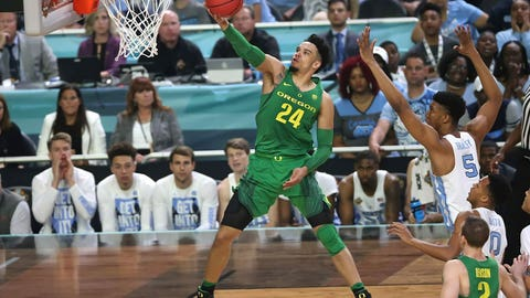 Oregon's Dillon Brooks goes to the hoop.