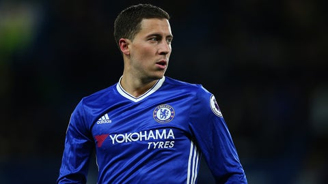 LONDON, ENGLAND - APRIL 05: Eden Hazard of Chelsea during the Premier League match between Chelsea and Manchester City at Stamford Bridge on April 5, 2017 in London, England. (Photo by Catherine Ivill - AMA/Getty Images)