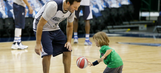 PHOTOS: Tony Romo joins Mavericks for home finale
