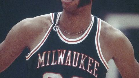 1971 Milwaukee Bucks | 12-2 | .857 winning %