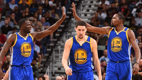 There's something wrong with Klay Thompson