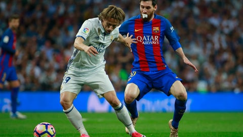 Luka Modric continues to be incredible for Madrid
