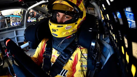 Joey Logano, 25 points, encumbered win