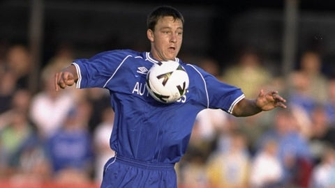 October 1998: He makes his Chelsea debut