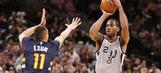 Leonard's 25 points help Spurs hold off Jazz