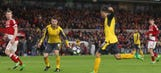 Watch: Mesut Ozil, Alexis Sanchez lead Arsenal to key win over Middlesbrough
