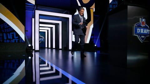 NFL commissioner Roger Goodell arrives to announce the first pick by the Los Angeles Rams in the first round of the 2016 NFL football draft, Thursday, April 28, 2016, in Chicago. (AP Photo/Charles Rex Arbogast)