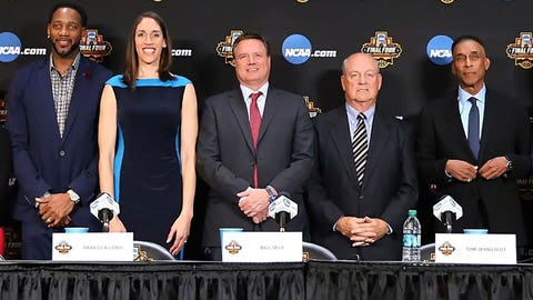 Hall of Fame inductees Tracy McGrady, Rebecca Lobo, Bill Self, Tom Jernstedt, Mannie Jackson