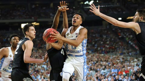Nate Britt finds an opening in the Gonzaga defense.