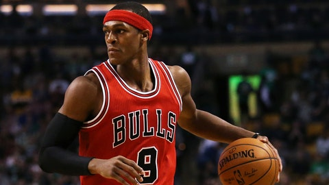 BOSTON, MA - NOVEMBER 2: Rajon Rondo #9 of the Chicago Bulls dribbles against the Boston Celtics at TD Garden on November 2, 2016 in Boston, Massachusetts. (Photo by Maddie Meyer/Getty Images)