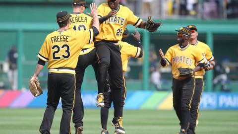 Pittsburgh Pirates (8-10)