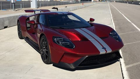2017 Ford GT: 647 hp