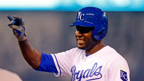 Royals CF Lorenzo Cain to Nationals