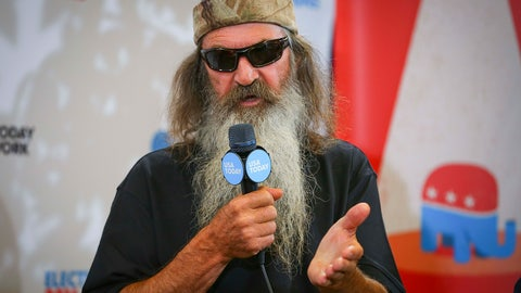 Phil Robertson (football)