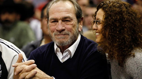 Tommy Lee Jones (football)