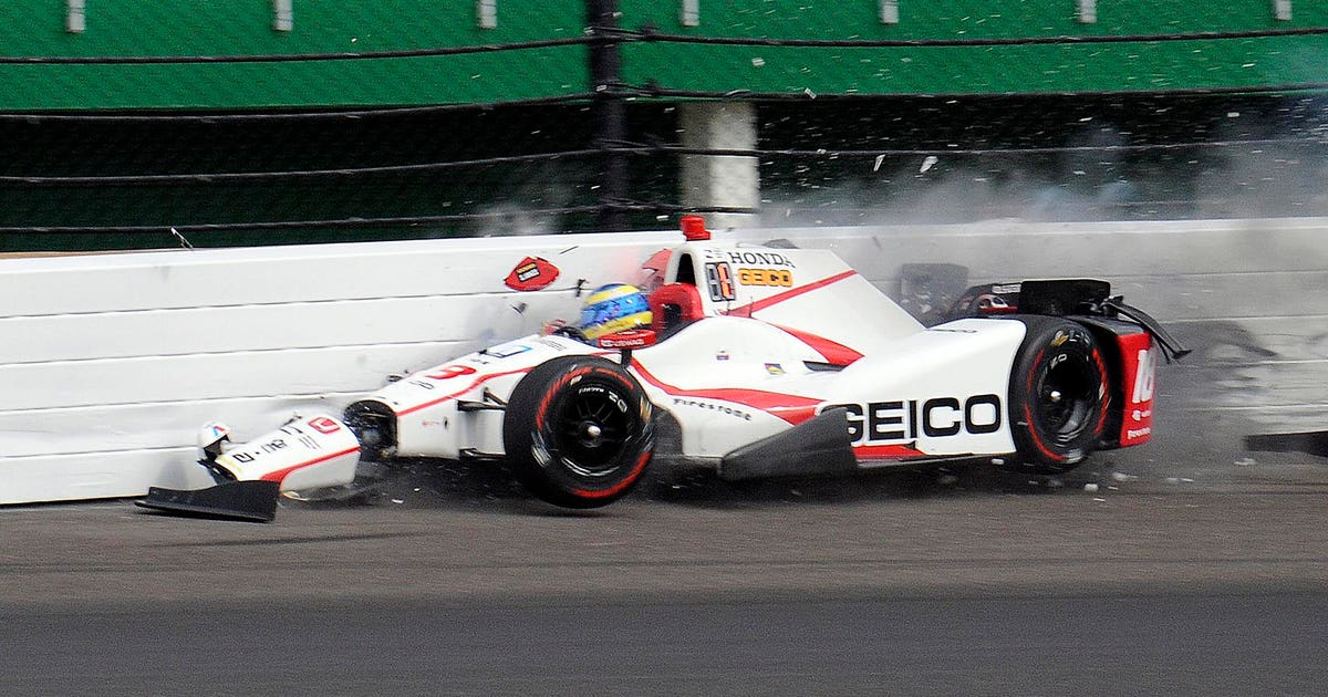 sebastien bourdais fractures pelvis hip during indy qualifying crash fox sports. Black Bedroom Furniture Sets. Home Design Ideas