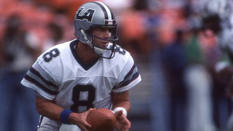 Young signed a 43-year, $40 million deal with the USFL's Los Angeles Express in 1984