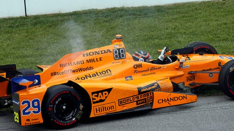 Fernando Alonso – $305,805