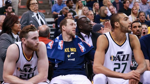 May 8, 2017; Salt Lake City, UT, USA; Utah Jazz forward Joe Ingles (2) pats Utah Jazz forward Gordon Hayward (20) and Utah Jazz center Rudy Gobert (27) on the back during the final minutes against the Golden State Warriors in game four of the second round of the 2017 NBA Playoffs at Vivint Smart Home Arena. Mandatory Credit: Chris Nicoll-USA TODAY Sports