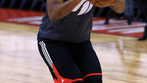 TORONTO, ON - MAY 05:  Kyle Lowry #7 of the Toronto Raptors tests his injured ankle prior to Game Three of the Eastern Conference Semifinals against the Cleveland Cavaliers during the 2017 NBA Playoffs at Air Canada Centre on May 5, 2017 in Toronto, Canada.  NOTE TO USER: User expressly acknowledges and agrees that, by downloading and or using this photograph, User is consenting to the terms and conditions of the Getty Images License Agreement.  (Photo by Vaughn Ridley/Getty Images)