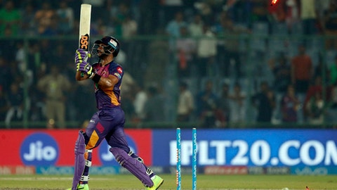 Rising Pune Supergiants batsman Manoj Tiwary is bowled during their Indian Premier League (IPL) cricket match against Delhi Daredevils in New Delhi, India, Friday, May 12, 2017. (AP Photo/Altaf Qadri)