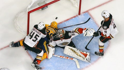 NASHVILLE, TN - MAY 16: Filip Forsberg #9 of the Nashville Predators (not pictured) scores a goal during the third period against John Gibson #36 of the Anaheim Ducks in Game Three of the Western Conference Final during the 2017 Stanley Cup Playoffs at Bridgestone Arena on May 16, 2017 in Nashville, Tennessee. The Predators defeated the Ducks 2-1.  (Photo by Bruce Bennett/Getty Images)