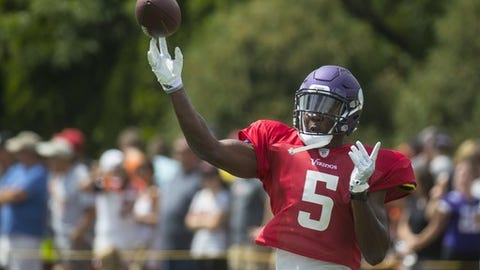 Minnesota Vikings quarterback Teddy Bridgewater throws a pass during a joint NFL football practice with the Cincinnati Bengals, Wednesday, Aug. 10, 2016, in Cincinnati. (AP Photo/John Minchillo)