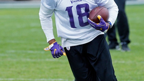 Minnesota Vikings wide receiver Michael Floyd runs with a pass during NFL football practice, Wednesday, May 24, 2017, in Eden Prairie, Minn. Back in his native state, with family, friends and former Notre Dame teammates now around him, Floyd is in position to get his career and life back on track following a drunken driving sentence. (AP Photo/Jim Mone)