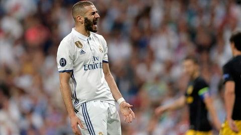 Right forward: Karim Benzema