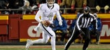 Oakland Raiders: Derek Carr will get signed, there's no need to panic