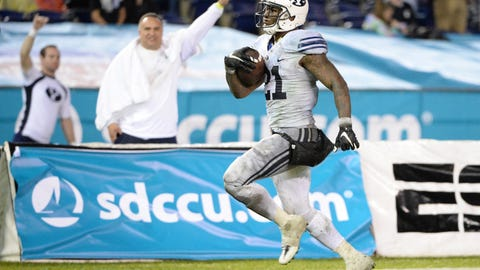 Dec 21, 2016; San Diego, CA, USA; Brigham Young Cougars running back Jamaal Williams (21) runs the ball for a touchdown during the second half against the Wyoming Cowboys at Qualcomm Stadium. Mandatory Credit: Orlando Ramirez-USA TODAY Sports