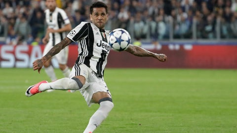 Dani Alves (Juventus 2-1 Monaco) semi-finals second leg, May 9, 2017