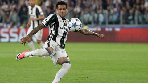 Dani Alves (Juventus 2-1 Monaco) semi-finals second leg, May 9, 2017