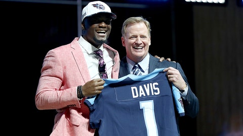 PHILADELPHIA, PA - APRIL 27:  Corey Davis of Western Michigan poses with Commissioner of the National Football League Roger Goodell after being picked #5 overall by the Tennessee Titans (from Rams) during the first round of the 2017 NFL Draft at the Philadelphia Museum of Art on April 27, 2017 in Philadelphia, Pennsylvania.  (Photo by Elsa/Getty Images)