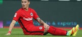 Guillermo Varela suspended, told to leave Eintracht Frankfurt after getting tattoo