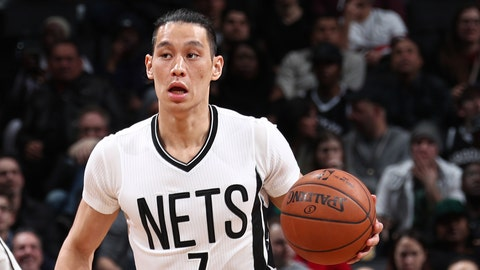 BROOKLYN, NY - MARCH 17:  Jeremy Lin #7 of the Brooklyn Nets handles the ball during a game against the Boston Celtics on March 17, 2017 at Barclays Center in Brooklyn, New York. NOTE TO USER: User expressly acknowledges and agrees that, by downloading and/or using this photograph, user is consenting to the terms and conditions of the Getty Images License Agreement. Mandatory Copyright Notice: Copyright 2017 NBAE (Photo by Nathaniel S. Butler/NBAE via Getty Images)