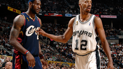 2007: San Antonio Spurs sweep the Cleveland Cavaliers