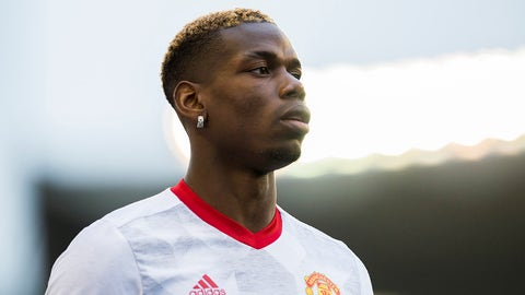 VIGO, SPAIN - MAY 04:  Paul Pogba of Manchester United looks on prior to the start the Uefa Europa League, semi final first leg match, between Real Club Celta De Vigo and Manchester United FC at Estadio Balaidos on May 4, 2017 in Vigo, Spain.  (Photo by Juan Manuel Serrano Arce/Getty Images)