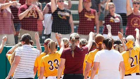 Gophers softball (↓ DOWN)