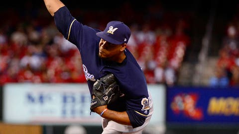 Royals sign Peralta to one-year deal