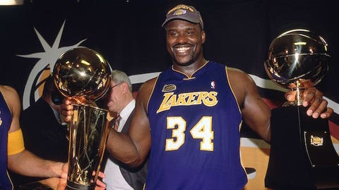 2001: Lakers beat Sixers