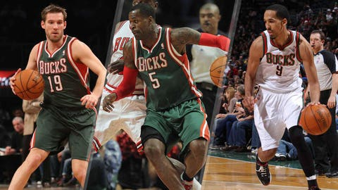 June 23, 2011: In a three-team trade, dealt a 1st-round pick (Jimmer Fredette) and John Salmons to Sacramento and Corey Maggette to Charlotte; received from Charlotte a 1st-round pick (Tobias Harris), Stephen Jackson and Shaun Livingston plus Beno Udrih from Sacramento.