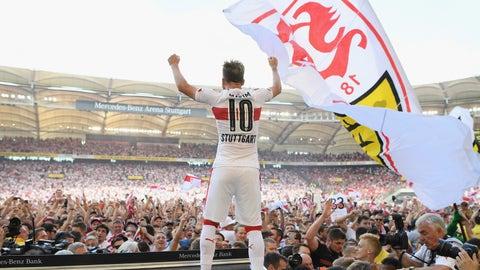 ↑ Promoted: VfB Stuttgart