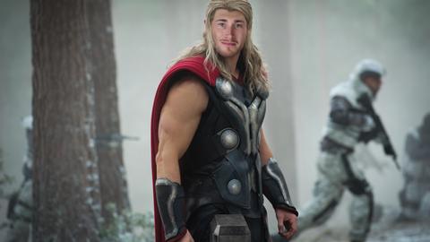 Gordon Hayward: Thor