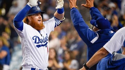 Los Angeles Dodgers (14-12)