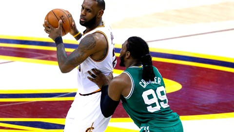 LeBron didn't even try to assert himself in the fourth quarter